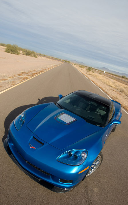 112_0802_08z2009_chevrolet_corvette_zr1front_view.jpg