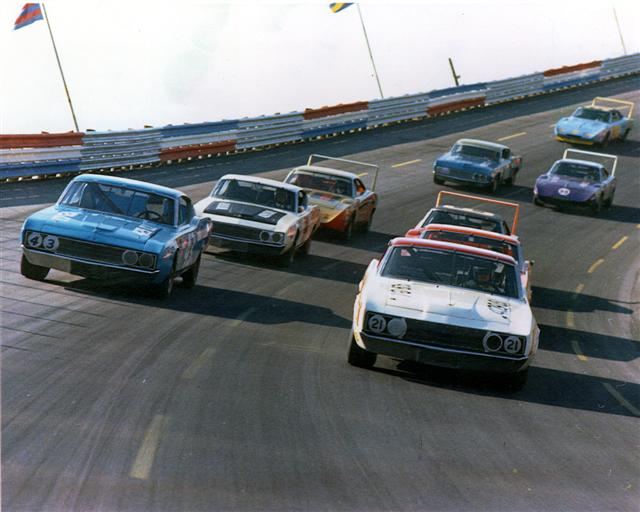 race-track-small.jpg